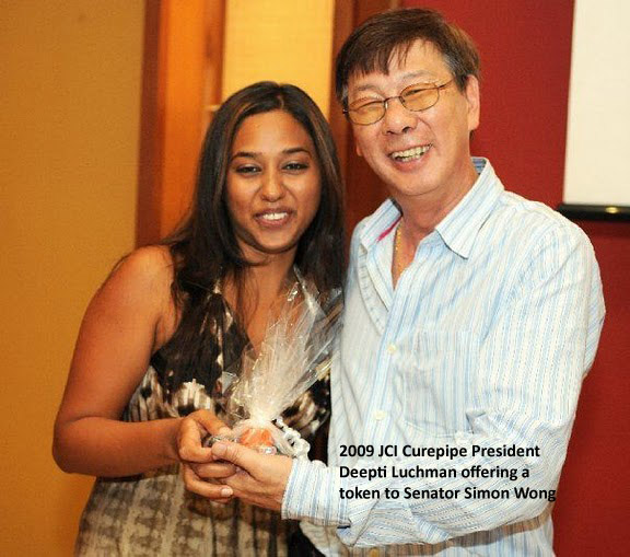 Deepti Luchman and Senator Simon Wong